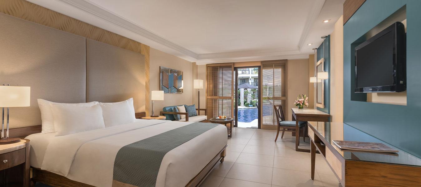 Henann garden resort boracay premier room with direct for Garden pool room